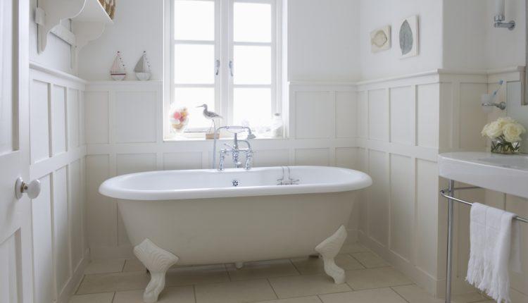 Materiały na meble łazienkowe – 6 najpopularniejszych