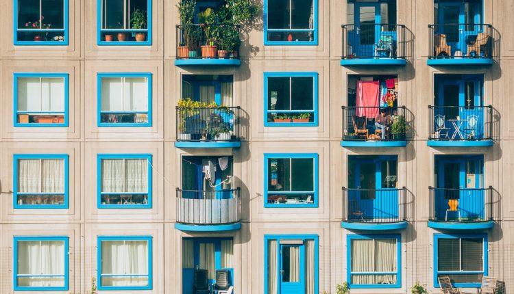 Ciekawe pomysły na aranżacje balkonu – 7 ciekawych propozycji